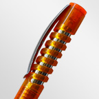 Шариковая ручка с прозрачным корпусом и оригинальным металлическим клипом
